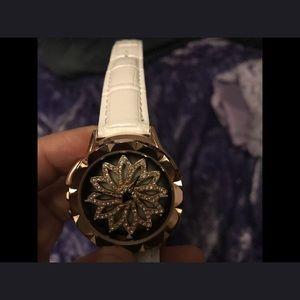 Accessories - Beautiful Rhinestone watch